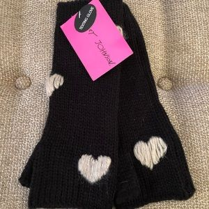 New with tags, Betsey Johnson Gloves